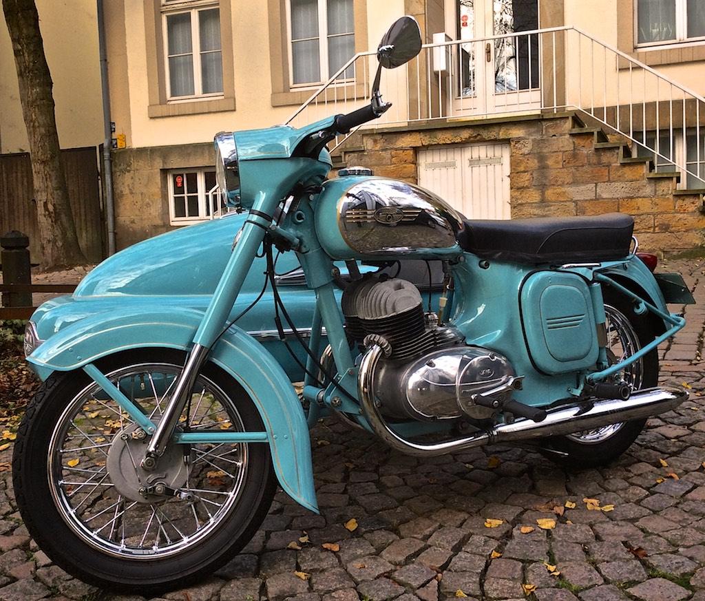 Motorrad Jawa